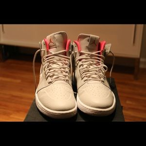 Men's air Jordan's. 1 retro.